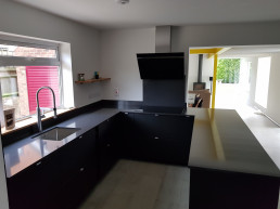 Silestone carbono quartz kitchen countertop for sale in Oxford